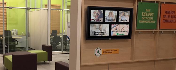 Révolutionnez l'attente de vos clients avec un kiosque interactif